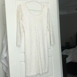 Authentic Diane VonFurstenburg white lace dress